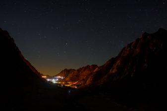 Góra Synaj, Egipt - luty 2013. Widok na klasztor św. Katarzyny